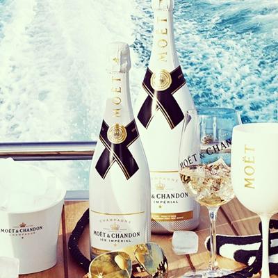 Champagne Moet Chandon