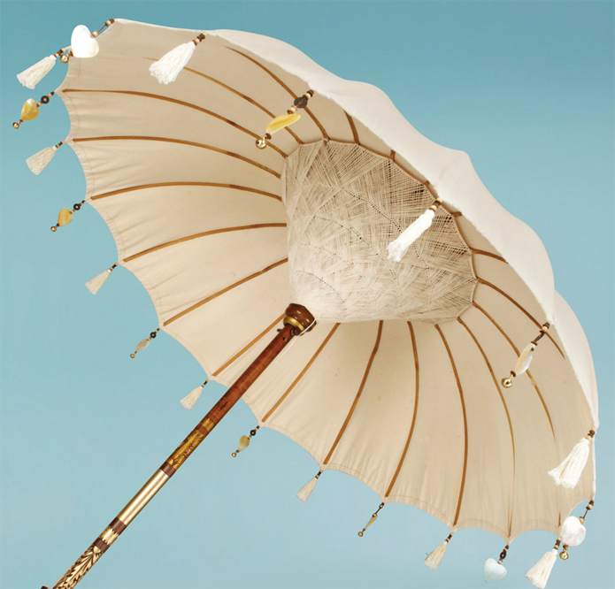 Dramatic umbrellas give a good effect to the gardens. Photo by The Indian Garden Company.