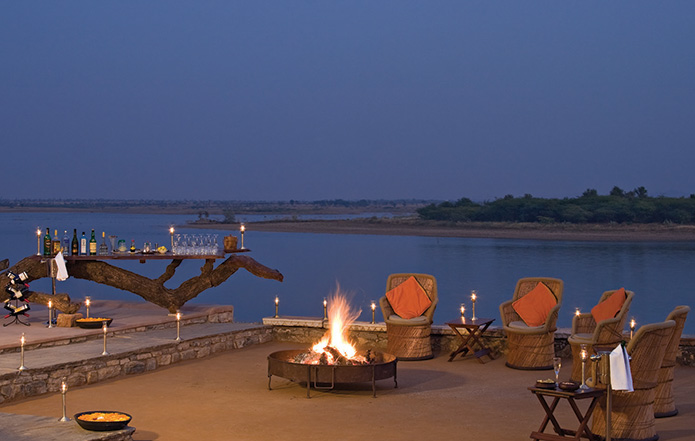 By the Campfire one eats the best traditional Rajasthani food