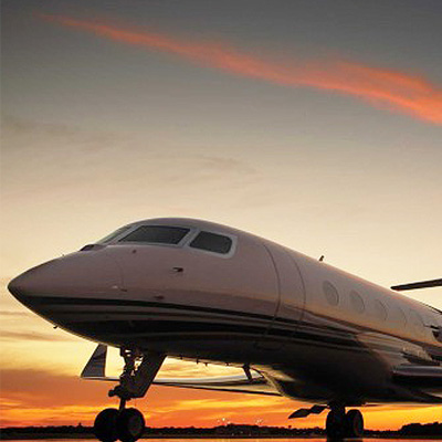 Private jets and the fast lanes