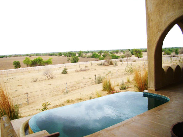 Mihir Garh, the mud fort boutique hotel, offers private Jacuzzi or plunge pools with each suite