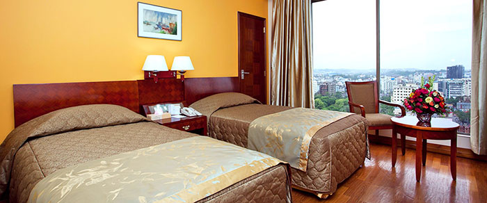 CHITTAGONIAN PRIDE | The Peninsula Chittagong is a lovely business hotel with spacious rooms offering a view to the outside
