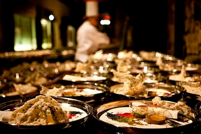 INDIAN ACCENT | Celebrated chef, Manish Mehrotra, is flown in to specially recreate the distinct Indian taste at weddings which showcase the best of Indian hospitality