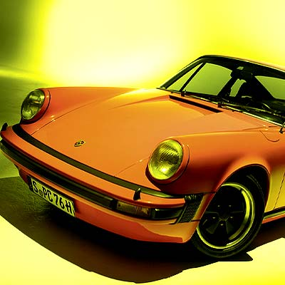Encomium to Porsche 356 also available in English translation