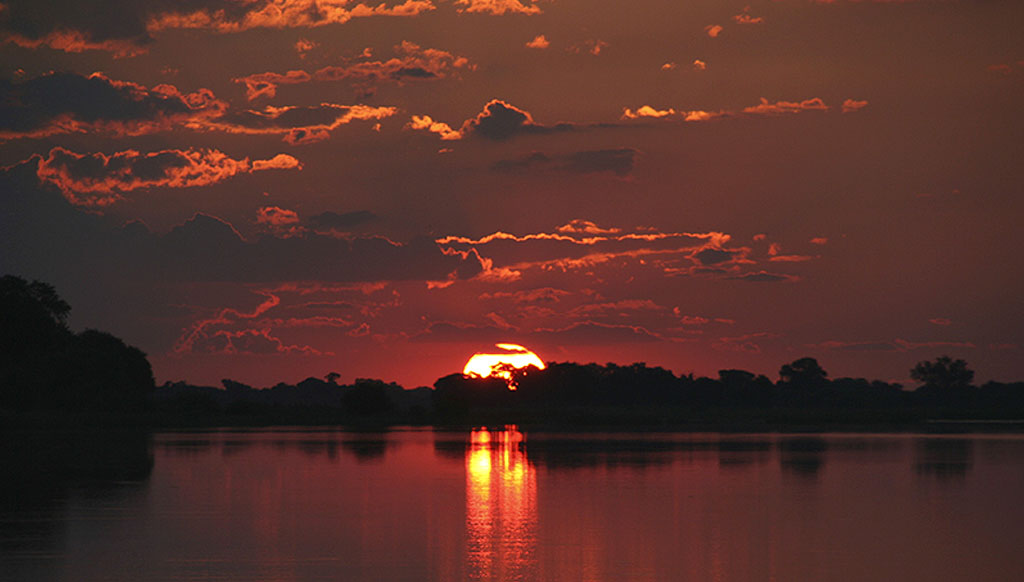 Romantic adventure in Botswana wilderness