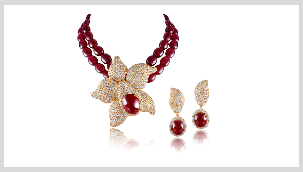 Luxury Lifestyle Awards Nominee for Luxury Jewelry Brand: M.B. Group of Jewellers