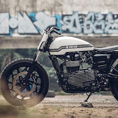 Onehandmade 'Super Ten' Motorcycle