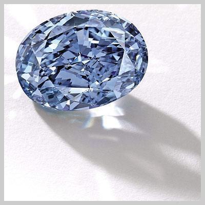 Diamond, scroll set auction records in Asia