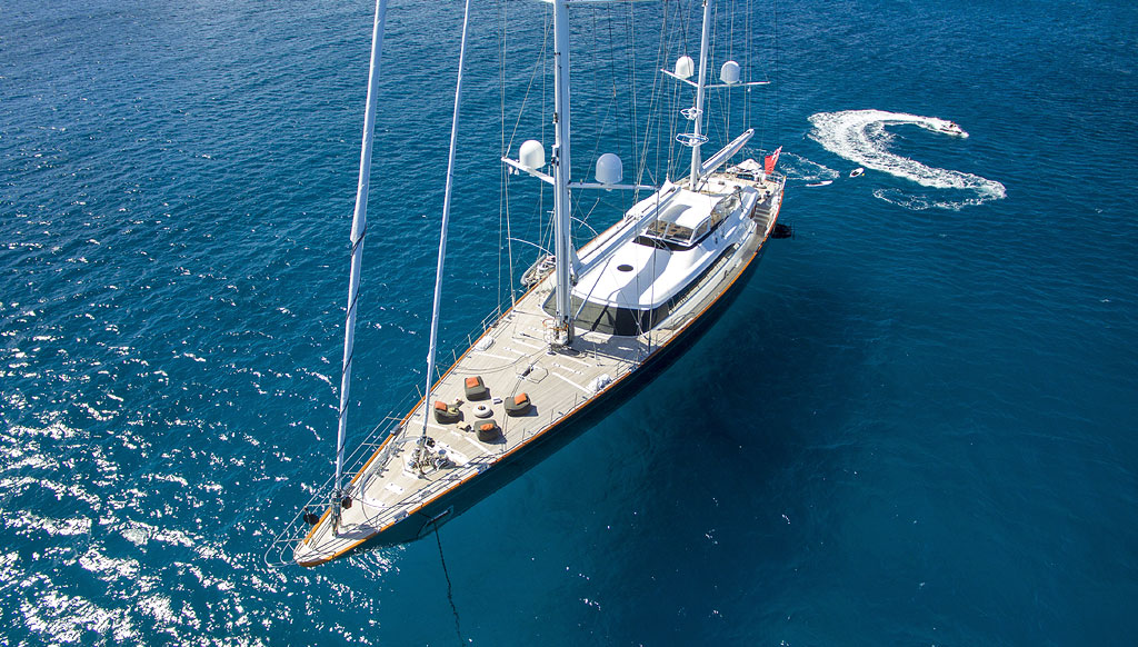 5 Great Yachts to Charter this Summer