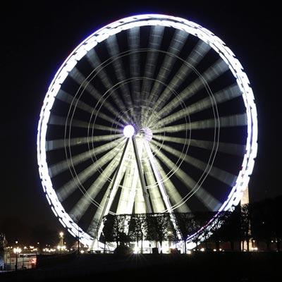 Paris Ferris Wheel turns pop-up restaurant for a night