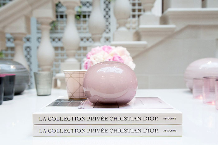 Giberto Arrivabene | Pastel pink glass paperweight