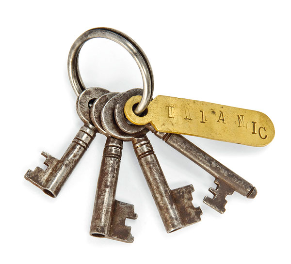 FOUR KEYS ON B BRASS FOB | Belonging to Samuel Ernest Hemming, the lamp trimmer on board RMS TITANIC(Courtesy: Christie's)