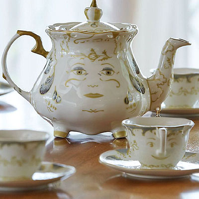 Now, get a tea-set straight from Disney's 'Beauty and the Beast'