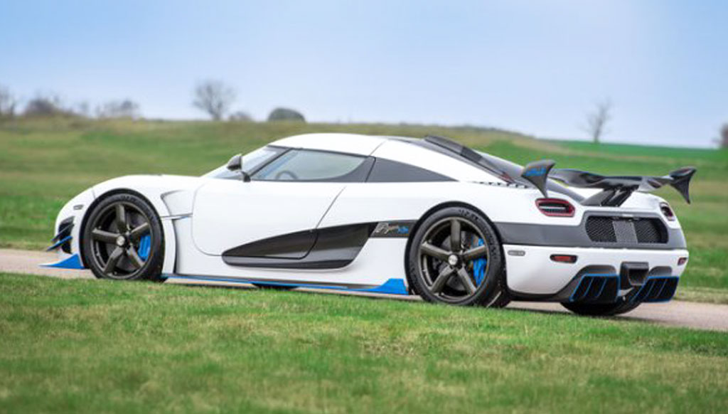 Koenigsegg RS1 makes global debut at the New York Auto Show