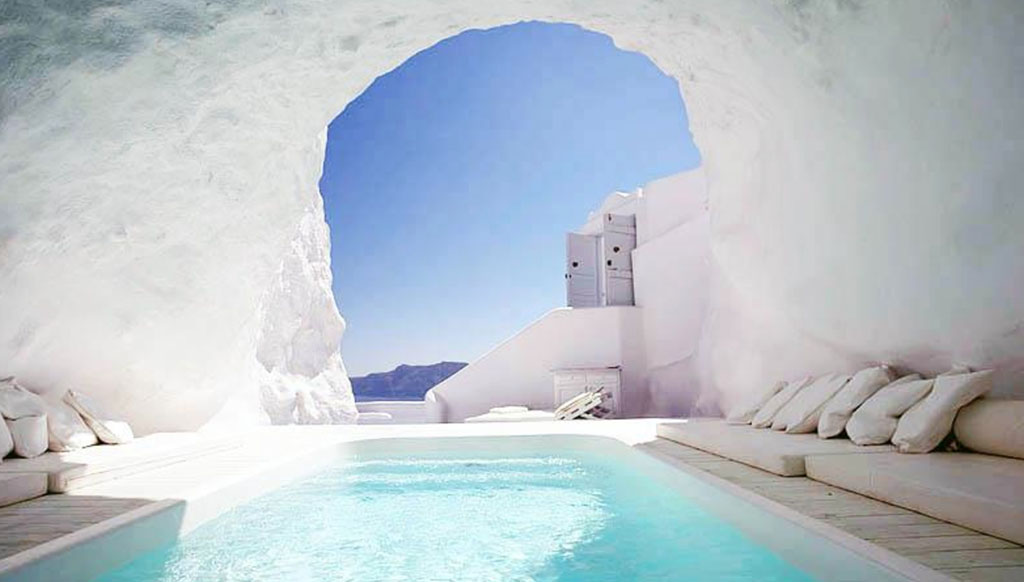 Five most stunning swimming pools across the world