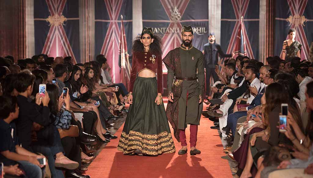 0761a4baef8 Shantanu   Nikhil s Autumn Winter  17 collection with Crystals from  Swarovski
