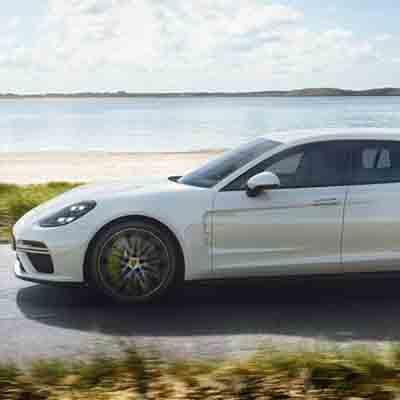 Porsche unveils quickest Panamera Sport Turismo Turbo S E-Hybrid
